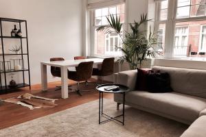 Bekijk appartement te huur in Amsterdam Kuipersstraat, € 1500, 57m2 - 343037. Geïnteresseerd? Bekijk dan deze appartement en laat een bericht achter!