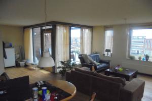 Bekijk appartement te huur in Enschede Tollensstraat, € 625, 80m2 - 381916. Geïnteresseerd? Bekijk dan deze appartement en laat een bericht achter!