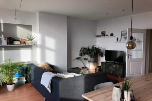 Bekijk appartement te huur in Amsterdam Van Woustraat, € 1750, 60m2 - 380135. Geïnteresseerd? Bekijk dan deze appartement en laat een bericht achter!