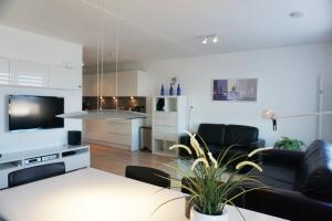 Bekijk appartement te huur in Den Haag Gevers Deynootweg, € 1550, 75m2 - 351114. Geïnteresseerd? Bekijk dan deze appartement en laat een bericht achter!