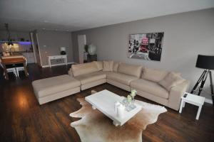 Bekijk appartement te huur in Eindhoven Lichtstraat, € 2500, 105m2 - 314434. Geïnteresseerd? Bekijk dan deze appartement en laat een bericht achter!