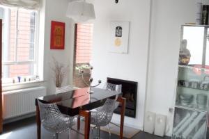 Bekijk appartement te huur in Den Bosch A.d. Tolbrug, € 950, 75m2 - 351774. Geïnteresseerd? Bekijk dan deze appartement en laat een bericht achter!