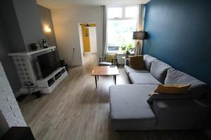 Bekijk woning te huur in Enschede Lombokstraat, € 950, 90m2 - 344920. Geïnteresseerd? Bekijk dan deze woning en laat een bericht achter!