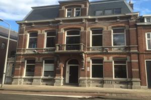 Bekijk appartement te huur in Tilburg Wilhelminapark, € 1010, 111m2 - 351354. Geïnteresseerd? Bekijk dan deze appartement en laat een bericht achter!