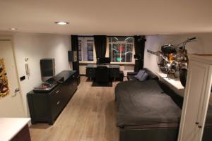 Bekijk appartement te huur in Amsterdam L. Niezel, € 1200, 30m2 - 354741. Geïnteresseerd? Bekijk dan deze appartement en laat een bericht achter!