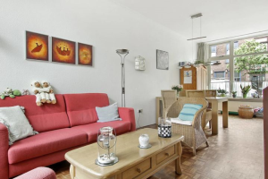 View house for rent in Haarlem Billitonstraat, € 1650, 81m2 - 372987. Interested? check out this house and leave a message!