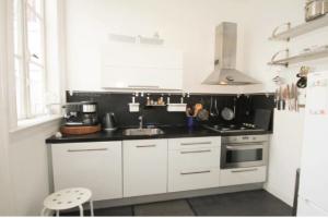 Bekijk appartement te huur in Den Haag Obrechtstraat, € 1250, 78m2 - 387414. Geïnteresseerd? Bekijk dan deze appartement en laat een bericht achter!