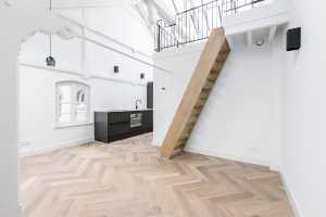 Bekijk appartement te huur in Amsterdam Groenburgwal, € 2000, 40m2 - 355307. Geïnteresseerd? Bekijk dan deze appartement en laat een bericht achter!