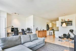 Bekijk appartement te huur in Amsterdam Wagenaarstraat, € 1595, 72m2 - 390506. Geïnteresseerd? Bekijk dan deze appartement en laat een bericht achter!