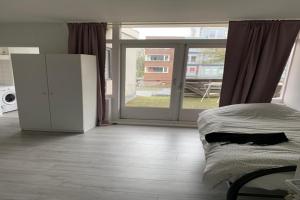 Bekijk appartement te huur in Dordrecht Sluisweg, € 1350, 50m2 - 377577. Geïnteresseerd? Bekijk dan deze appartement en laat een bericht achter!