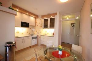For rent: Apartment Boslaan, Den Haag - 1