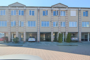 Bekijk woning te huur in Barendrecht Muziekplein, € 1750, 93m2 - 353046. Geïnteresseerd? Bekijk dan deze woning en laat een bericht achter!