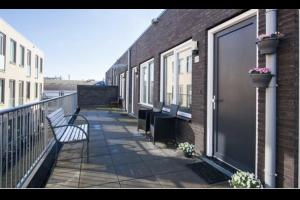 Bekijk appartement te huur in Utrecht Jacob van Campenstraat: 2-KAMER APPARTEMENT MET VRIJ UITZICHT - € 800, 32m2 - 293206