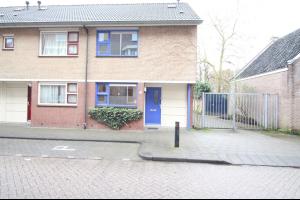 Bekijk woning te huur in Tilburg Dr. Nolensstraat, € 1095, 100m2 - 293408. Geïnteresseerd? Bekijk dan deze woning en laat een bericht achter!