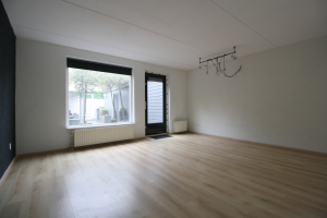 View house for rent in Zwolle Turfdragerstraat, € 1095, 77m2 - 378684. Interested? check out this house and leave a message!