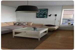 Bekijk woning te huur in Sittard Zonstraat, € 1500, 149m2 - 380931. Geïnteresseerd? Bekijk dan deze woning en laat een bericht achter!