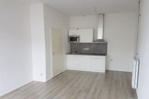 Bekijk studio te huur in Enschede Kuipersdijk, € 500, 20m2 - 364449. Geïnteresseerd? Bekijk dan deze studio en laat een bericht achter!