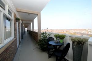 Bekijk appartement te huur in Groningen Zaagmuldersweg, € 800, 70m2 - 335439. Geïnteresseerd? Bekijk dan deze appartement en laat een bericht achter!