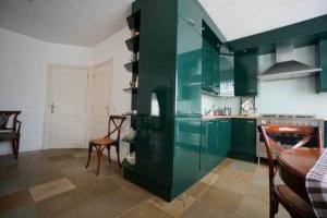 Bekijk woning te huur in Veldhoven O. Kerkstraat, € 1350, 199m2 - 366530. Geïnteresseerd? Bekijk dan deze woning en laat een bericht achter!