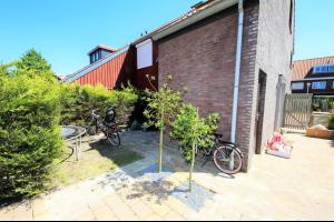 Bekijk woning te huur in Den Haag Slangenwortel, € 1995, 150m2 - 304082. Geïnteresseerd? Bekijk dan deze woning en laat een bericht achter!