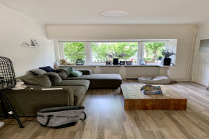 View house for rent in Hilversum Zuiderweg, € 1500, 90m2 - 375607. Interested? check out this house and leave a message!