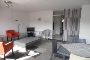 Bekijk appartement te huur in Hilversum Langgewenst, € 1350, 190m2 - 362661. Geïnteresseerd? Bekijk dan deze appartement en laat een bericht achter!