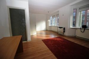 Bekijk kamer te huur in Den Haag Torenstraat, € 600, 21m2 - 372993. Geïnteresseerd? Bekijk dan deze kamer en laat een bericht achter!