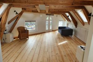 Bekijk appartement te huur in Amsterdam Kromme Waal, € 1700, 80m2 - 379904. Geïnteresseerd? Bekijk dan deze appartement en laat een bericht achter!