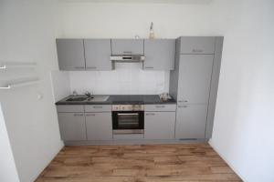 Bekijk appartement te huur in Enschede Alleeweg, € 825, 47m2 - 342003. Geïnteresseerd? Bekijk dan deze appartement en laat een bericht achter!