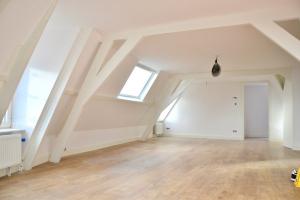 Bekijk appartement te huur in Den Haag Beeklaan, € 1195, 65m2 - 357525. Geïnteresseerd? Bekijk dan deze appartement en laat een bericht achter!