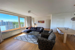 View house for rent in Amstelveen Kostverlorenhof, € 1950, 120m2 - 398118. Interested? check out this house and leave a message!