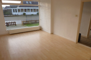 View house for rent in Hall Dorpsstraat, € 1150, 120m2 - 392592. Interested? check out this house and leave a message!