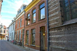 View apartment for rent in Alkmaar Kapelsteeg, € 800, 55m2 - 387904. Interested? check out this apartment and leave a message!