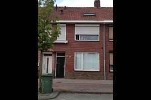 Bekijk studio te huur in Tilburg Broekhovenseweg, € 450, 25m2 - 295426. Geïnteresseerd? Bekijk dan deze studio en laat een bericht achter!