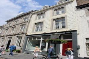 Bekijk appartement te huur in Maastricht Rechtstraat, € 1325, 62m2 - 370566. Geïnteresseerd? Bekijk dan deze appartement en laat een bericht achter!