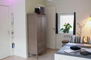 Bekijk studio te huur in Amsterdam Van Oldenbarneveldtstraat, € 1350, 30m2 - 380885. Geïnteresseerd? Bekijk dan deze studio en laat een bericht achter!