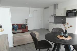 Bekijk appartement te huur in Badhoevedorp J.v. Gentstraat, € 1319, 45m2 - 362039. Geïnteresseerd? Bekijk dan deze appartement en laat een bericht achter!