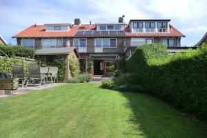 Bekijk woning te huur in Heemstede Beethovenlaan: Eengezinswoning - € 2000, 265m2 - 351465