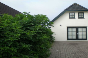 View house for rent in Almere Paradijsvogelweg, € 1250, 170m2 - 374486. Interested? check out this house and leave a message!