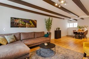 Bekijk appartement te huur in Utrecht Oudegracht, € 1395, 75m2 - 387364. Geïnteresseerd? Bekijk dan deze appartement en laat een bericht achter!