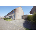 View house for rent in Capelle Aan Den Ijssel Bachstraat, € 1350, 100m2 - 388171. Interested? check out this house and leave a message!