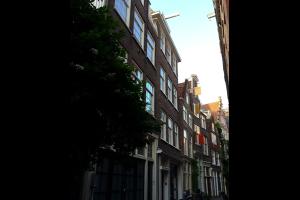 Bekijk appartement te huur in Amsterdam Sint Nicolaasstraat, € 1390, 45m2 - 314586. Geïnteresseerd? Bekijk dan deze appartement en laat een bericht achter!