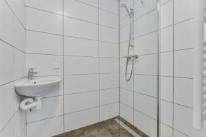 Te huur: Appartement Charlotte Brontestraat, Amsterdam - 1