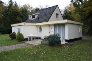 Bekijk woning te huur in Enschede Bosweg: Prachtige gemeubileerde buitenwoning nabij de Universiteit - € 750, 80m2 - 331316