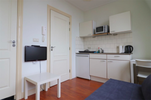 View studio for rent in Utrecht Daendelsstraat, € 740, 20m2 - 396473. Interested? check out this studio and leave a message!