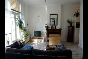 Bekijk studio te huur in Groningen Nieuweweg, € 950, 35m2 - 326190. Geïnteresseerd? Bekijk dan deze studio en laat een bericht achter!