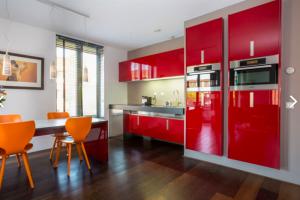 Bekijk appartement te huur in Utrecht Eelderdiephof, € 1750, 75m2 - 384303. Geïnteresseerd? Bekijk dan deze appartement en laat een bericht achter!