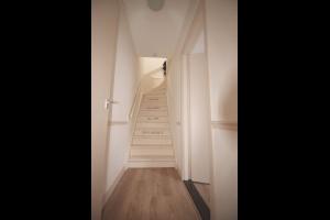 Bekijk appartement te huur in Den Haag Prins Hendrikstraat, € 895, 81m2 - 327394. Geïnteresseerd? Bekijk dan deze appartement en laat een bericht achter!