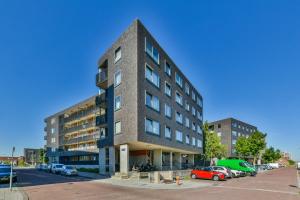 Bekijk appartement te huur in Amsterdam Ladogameerhof: Appartement - € 1750, 90m2 - 348856