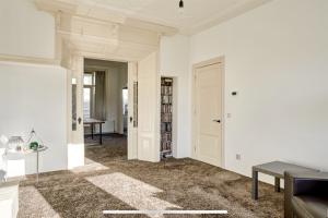 Bekijk appartement te huur in Vlaardingen Parallelweg, € 1250, 110m2 - 360251. Geïnteresseerd? Bekijk dan deze appartement en laat een bericht achter!
